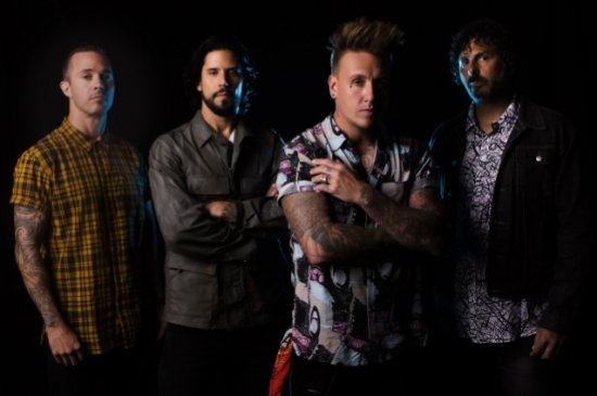 Papa Roach выпустили «Who Do You Trust?»