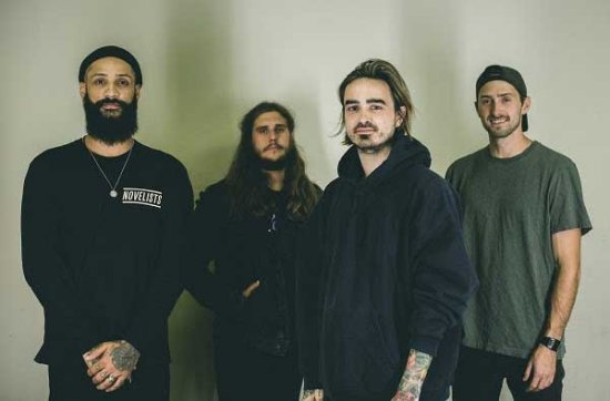 «Smoke and Mirrors» от Like Moths To Flames